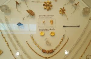 Biżuteria wykonana na tysiąclecia p.n.e.
