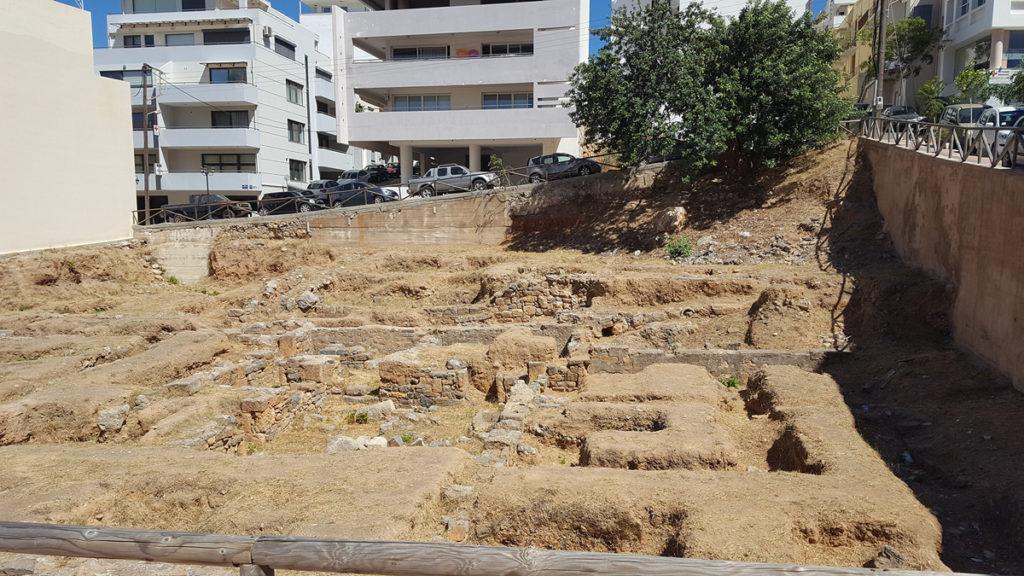 Budynki z 3 wieku p.n.e. w środku miasta