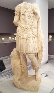 Dwie sale poświęcone rzeźbom